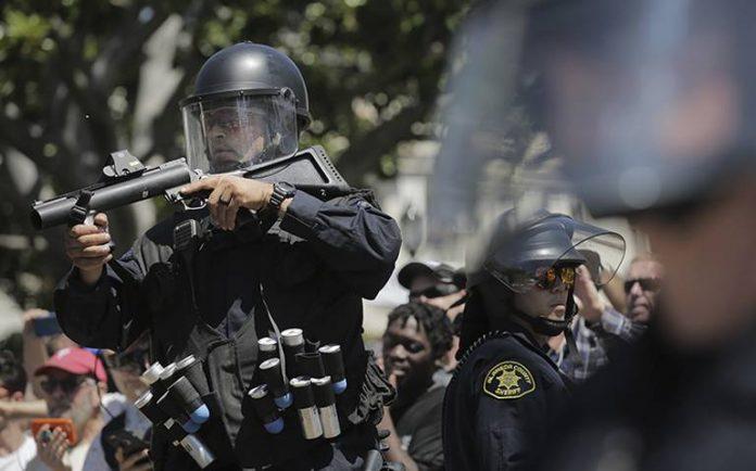 Con la nueva medida se pretende fomentar la transparencia en los cuerpos policiacos