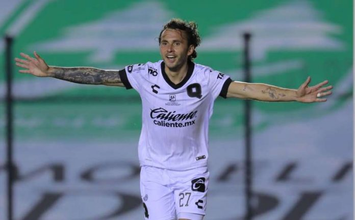 Omar 'La Pina' Arellano se reencontró con el gol después de 5 años
