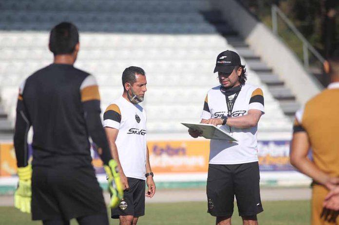 Miguel Ángel Casanova expuso que deben sumar los tres puntos este fin de semana